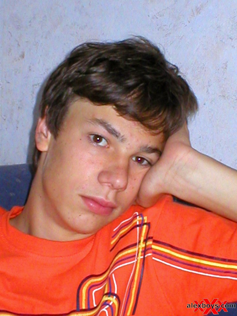 sweet innocent shy teen boy in amateur pics